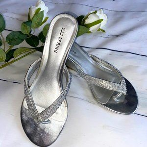 Shinny Silver Clear Stones Sandals size 7